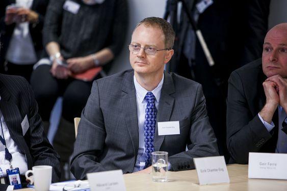 Erik Chambe-Eng har hatt stor suksess som IT-gründer. Han mener regjeringen må gjøre mer for å finansiere oppstartsselskapene.