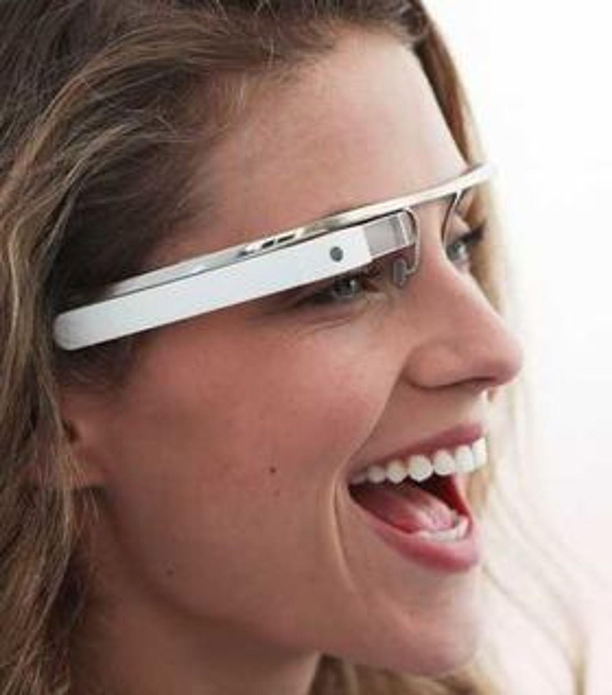 Google håper flest mulig av oss vil bruke brillen de er iferd med å utvikle. Men for at det skal bli en suksess trenger de apper.
