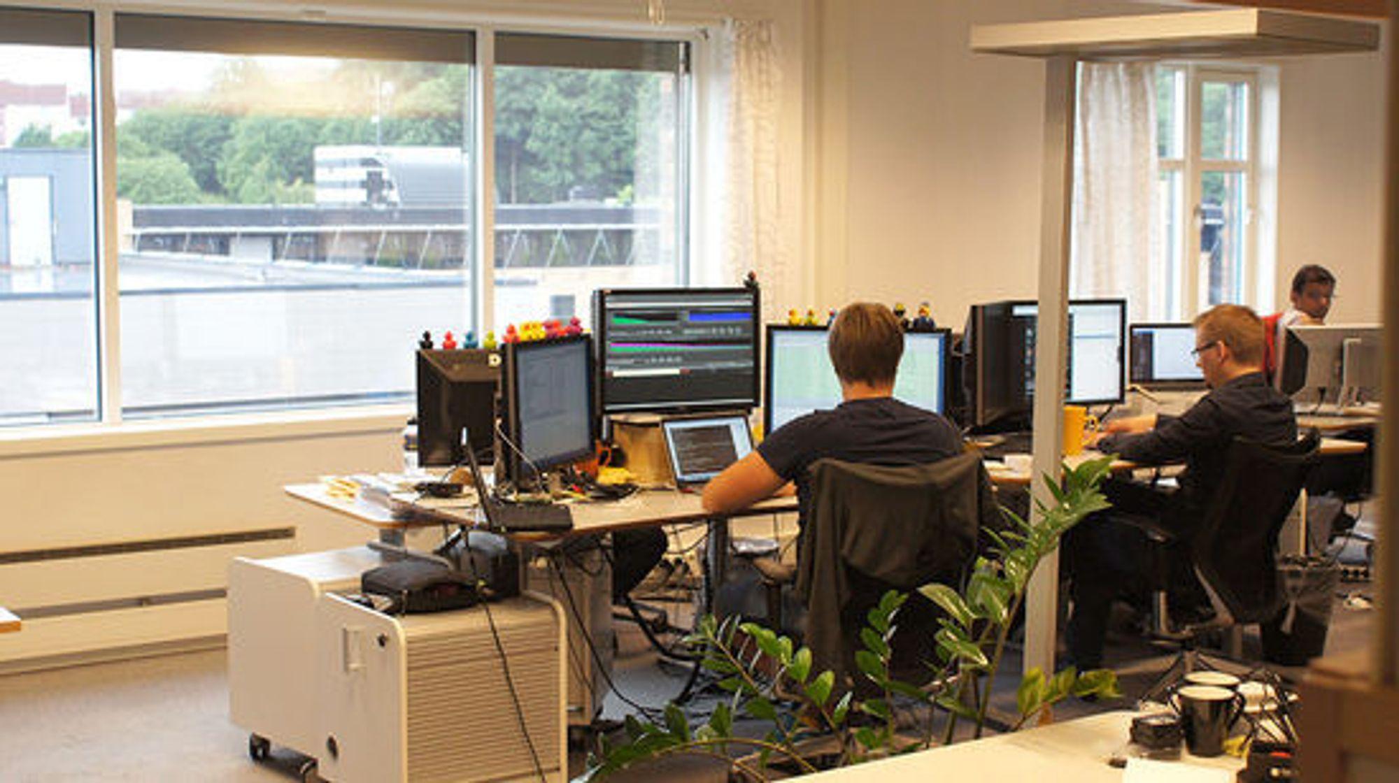 Tjenesten overvåkes døgnet rundt, fra Oslo og fra kontorer i Romania.
