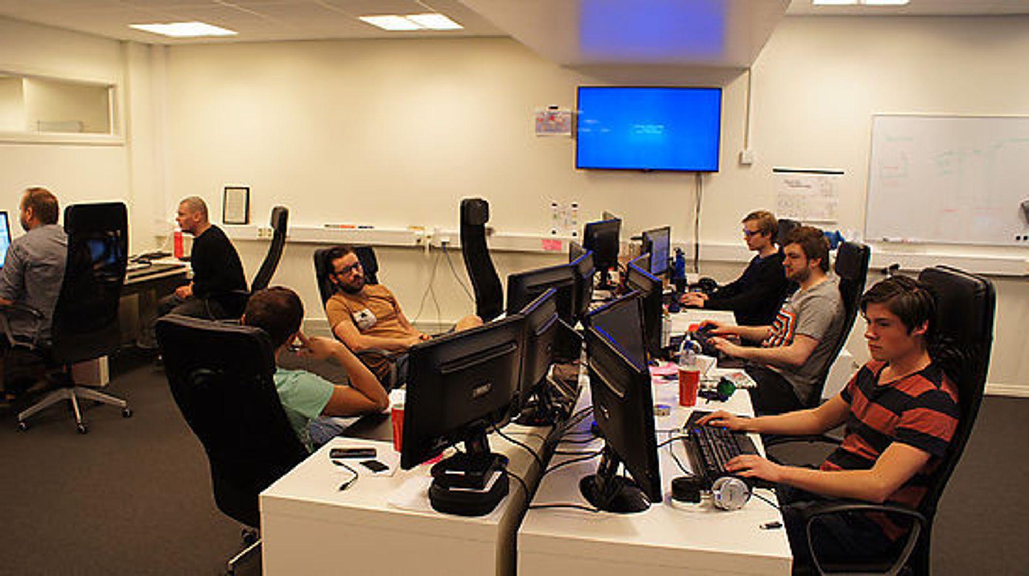 Outracks holder til sentralt i Oslo og har 15 ansatte per i dag.