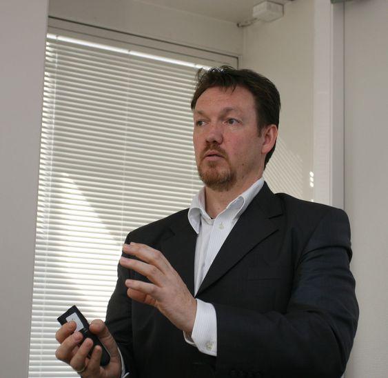 MUNNKURV: Cisco Norge får ikke lov å uttale seg om NSA-saken og sikkerhetsrelaterte spørsmål, bekrefter teknologidirektør Nils-Ove Gamlem (bildet).