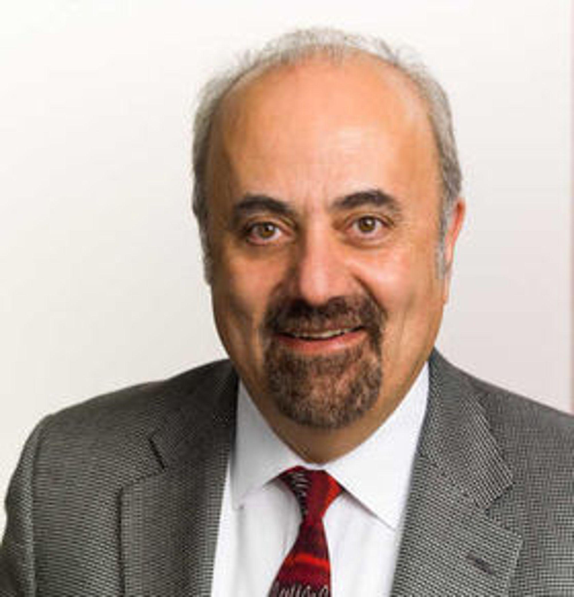 George Minassian er administrerende direktør og medgründer i Crossbar, som ble etablert i 2010.