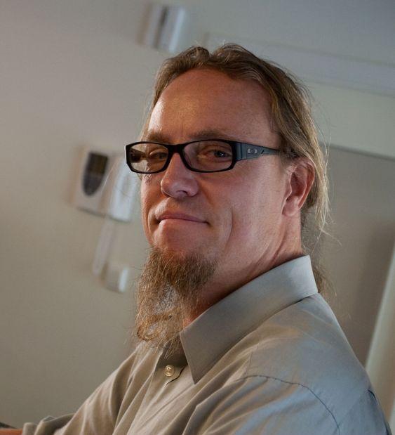 Atle Jørgensen reiste til Jeffreys Bay i Cape Town for å surfe i seks måneder. På slump endte han opp med ny jobb for Amazon.