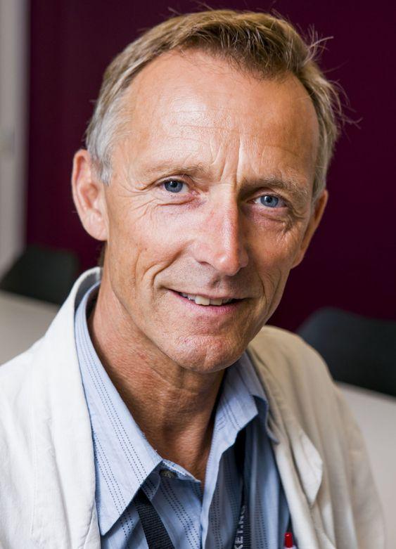 GLEDER SEG: Avdelingsdirektør Erland Røed i Statens kartverk, formidlingstjenesten.