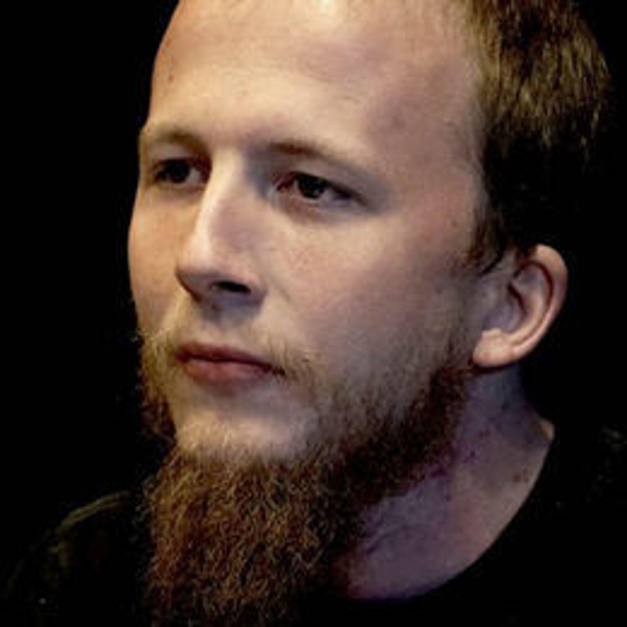 SIKTET: Gottfrid Svartholm Warg er hovedmistenkt bak hackerangrepet i Danmark, slik han var det i den nettopp avsluttede rettssaken i Sverige.