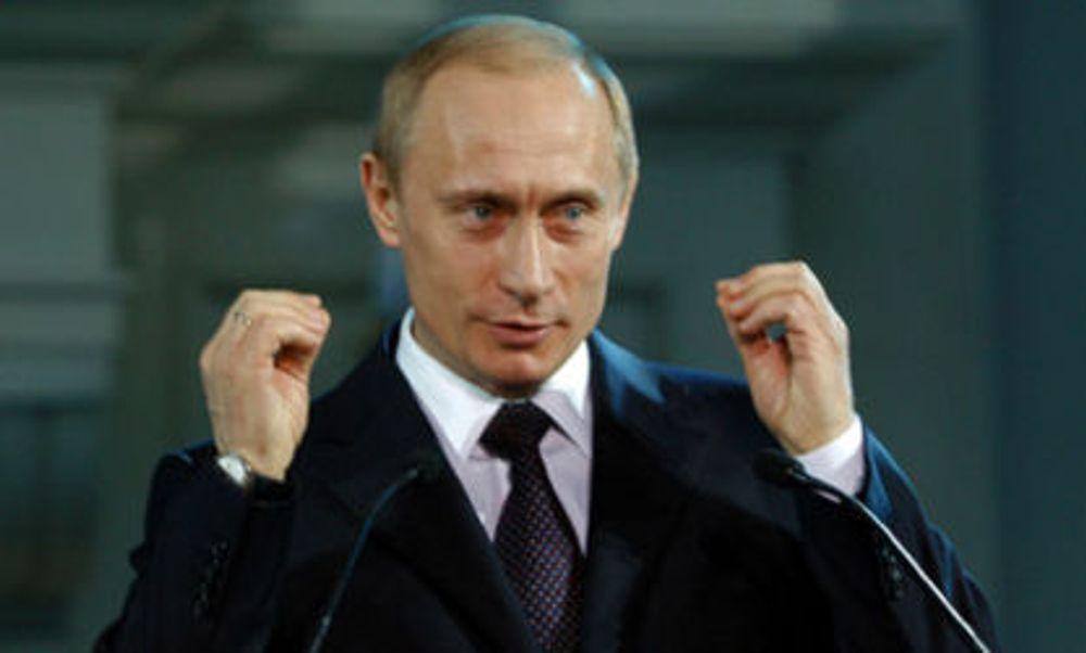 Hevder Putin styrer nettangrep