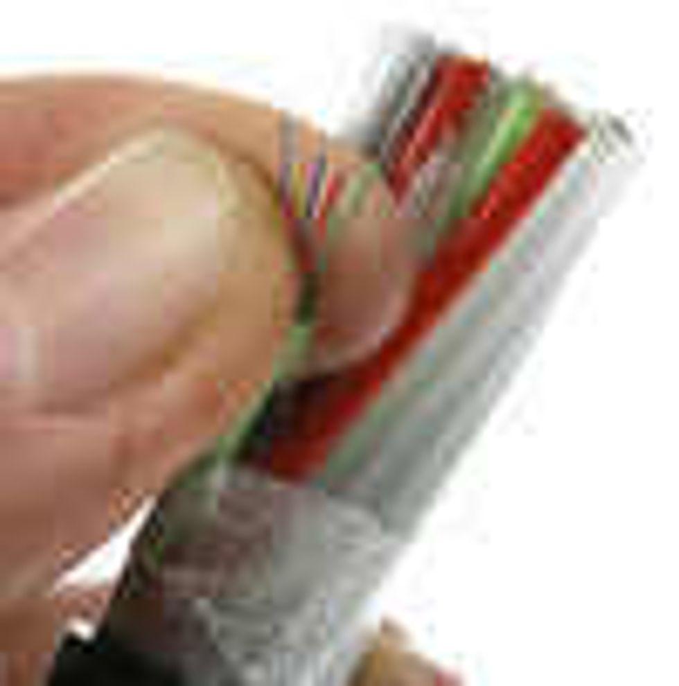 Krangel om kabelavgift utsatt til august
