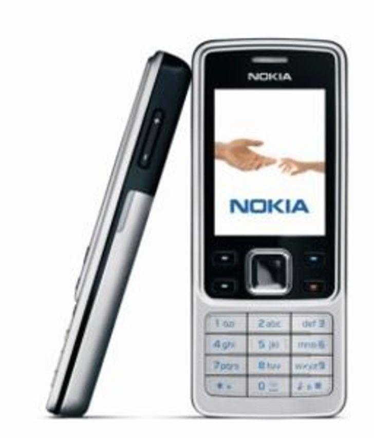 Nokia kommer endelig med tynn modell