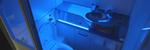 Les UV-lys på doen skal få bakterier til å «bokstavelig talt eksplodere»