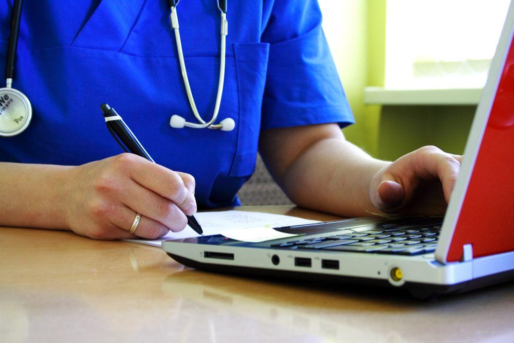 PAPIRER skal bort, sier direktør for det nye direktoratet for e-helse.
