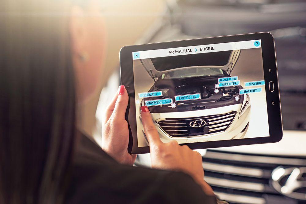Hyundai Virtual Guide skal kunne gjøre det enklere å finne fram til de viktigste servicepunktene i motorrommet, samt fortelle brukeren hvordan vedlikeholdet bør utføres.
