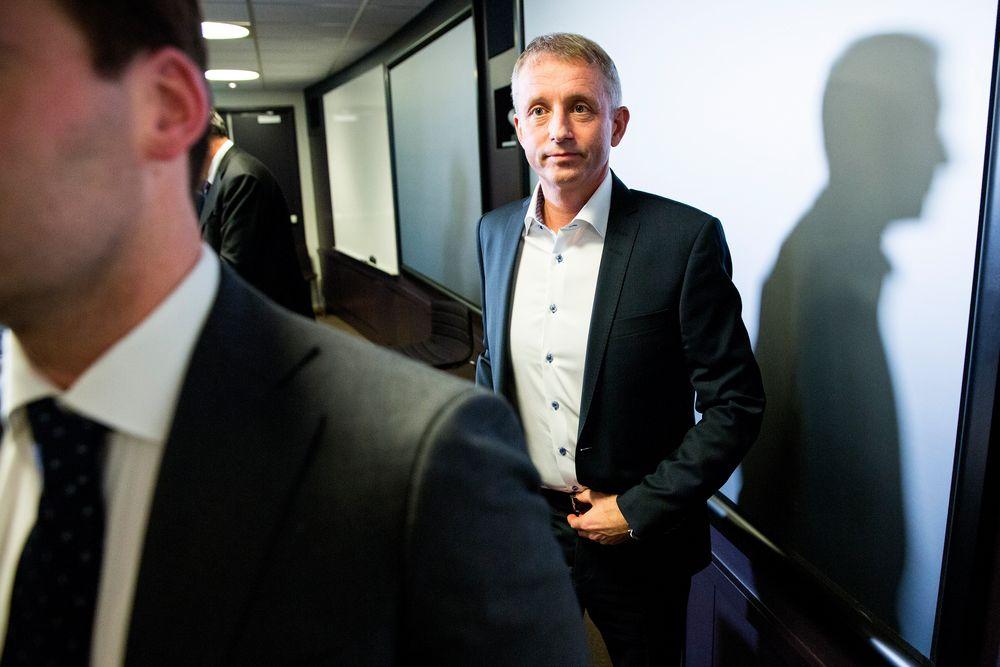 Via sin advokat varsler Jo Lunder at han vil kreve erstatning fra Økokrim.