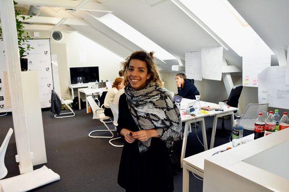 Daglig leder for Ut Studentbyrå, Laila-Josefin Azhar, hentet inn Mike Butcher til Norge, og stod for gjennomføringen av hackatonet.