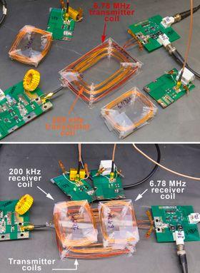 Hovedkomponentene i den trådløse ladeenheten som forskerne i San Diego har utviklet.