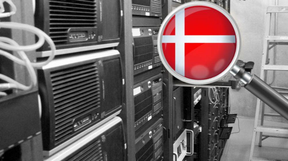 Danskene samler årlig inn nærmere 900 milliarder dataspor om egne innbyggere. Men lovverket fungerer ikke etter hensikten. Det har landets justisdepartement selv innrømmet. Nå peker pilene mot mindre overvåkning, skriver avisa Politiken.