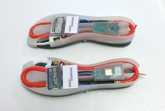 Sålene integrerer både et batteri, energihøsteren og annen elektronikk.