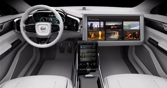 Underholdning kan få en mer framtredende plass i framtidens selvstyrende biler, men fortsatt er det tydeligvis sidepassasjeren som får nyte best av det.