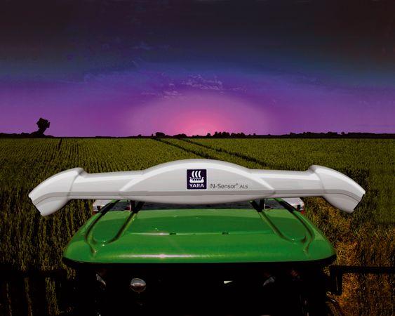 Yara N-Sensor på traktortak.