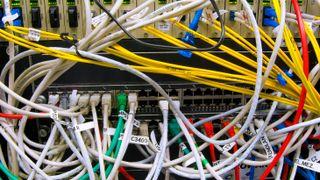 Nettverket er utdatert og fullt av sikkerhetshull