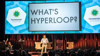 Hyperloop-sjefen: – Jernbane er dinosaurindustri