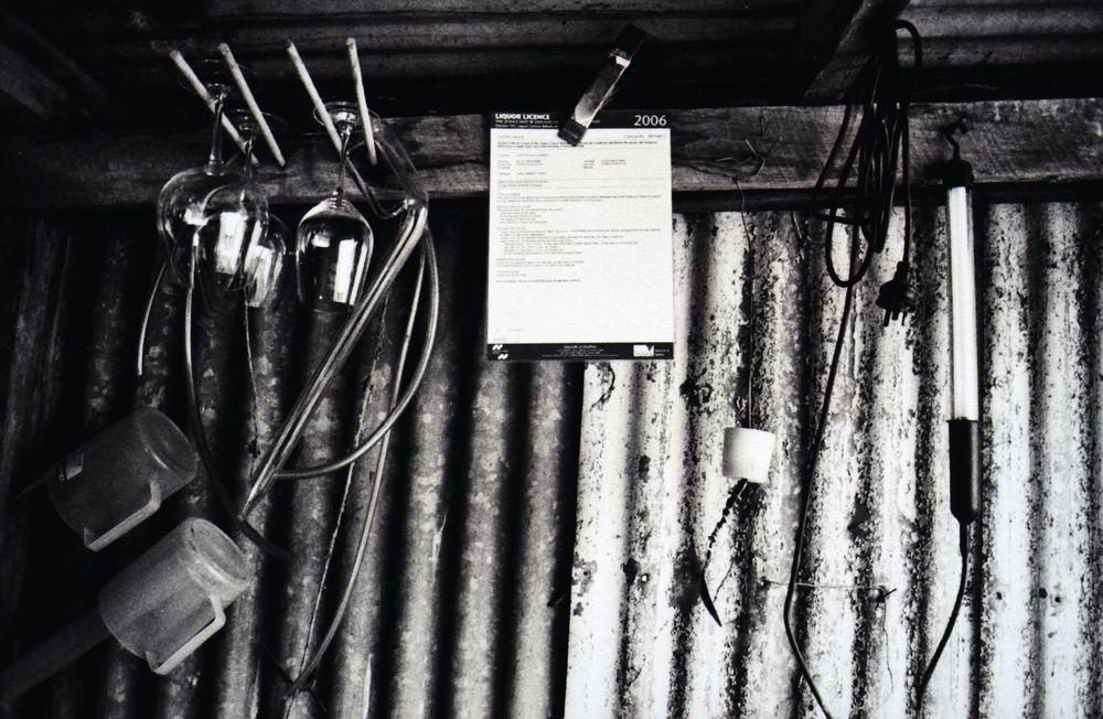 Luke Lamberts garasjeviner lages fortsatt i en provisorisk vinkjeller.