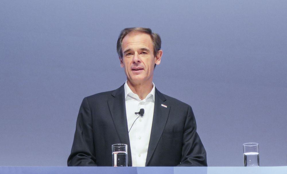 Sjefen sjøl: Boschsjef Volkmar Denner introduserte selv selskapets nye skyløsning for IoT og understreket at dette er strategisk veldig viktig for dem og kundene deres.