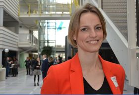 Vil lære om ny forretningsmodell: Ingunn Svegarden Statoil new energy forsvarer Statoils energy ventures første grønne investering.