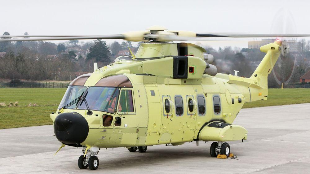 Bakkekjøring av det første norske AW101-helikopteret.