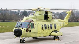 Motorene er i gang på det nye redningshelikopteret