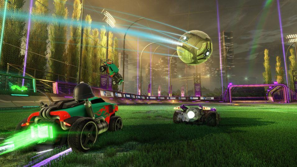 Rocket League er først ut med Microsofts nye  «Cross-Network Play»-funksjon.