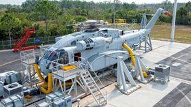 CH-53K-prototypen som brukes til bakketesting (GTV) var ferdig allerede i 2012. Her fra«Bare Head Light Off»-testingen for to år siden.