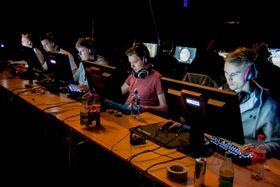 Anders «aNdz» Kjær (midten) og hans lagkamerater reiser til CopenhagenGames som Temp.no.