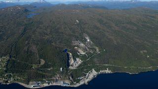 Her vil de sprenge fjellhaller for å deponere farlig avfall