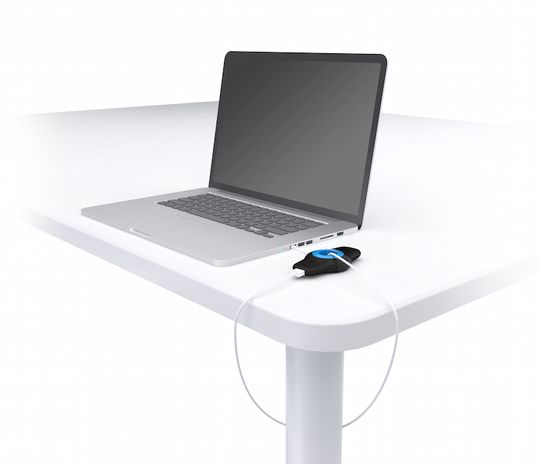 Med en medfølgende Micro-USB-adapter kan du også tyverisikre PC-en din.
