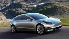 Model 3 skal bli Teslas første volummodell.