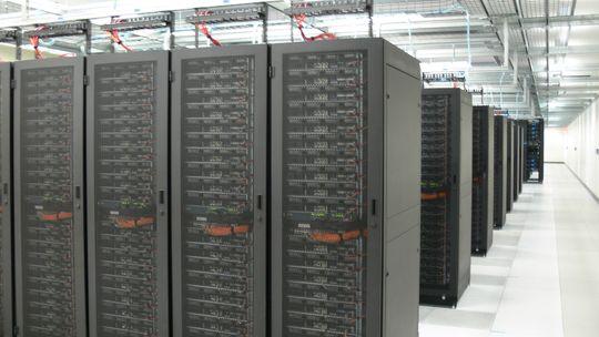 SIKKERT: Data kan lagres sikkert i skyen, med tjenester fraMicrosoft Azure.