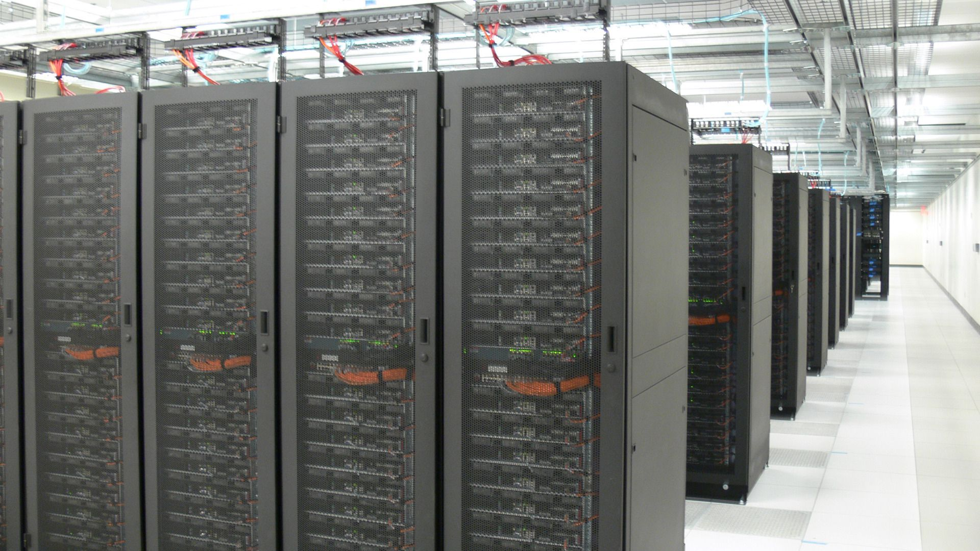 SIKKERT: Data kan lagres sikkert i skyen, med tjenester fra Microsoft Azure.