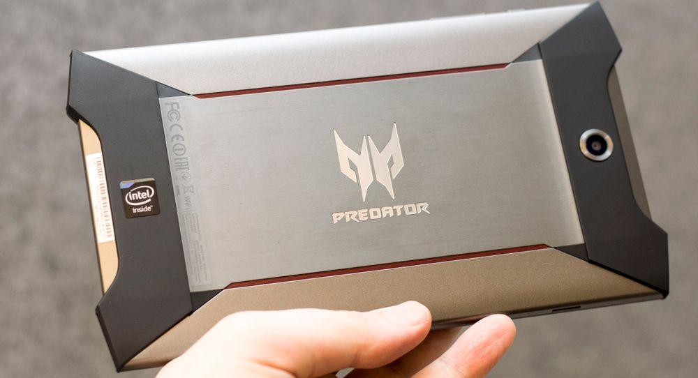 Acers Predator 8 har en uvanlig design. Uheldigvis er ikke brukeropplevelsen like raff.