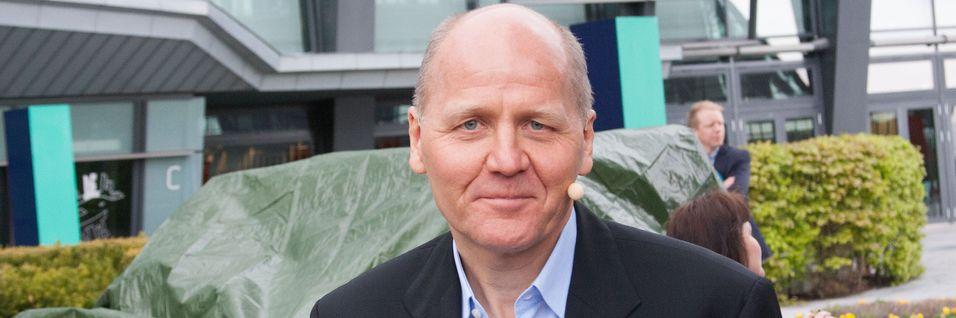 Konsernsjef Sigve Brekke i Telenor må, som andre teleoperatører, levere stadig bedre tjenester til kunder som ikke vil betale særlig mye mer. Deling av infrastruktur ser han som en av måtene å få ned produksjonskostnadene på.