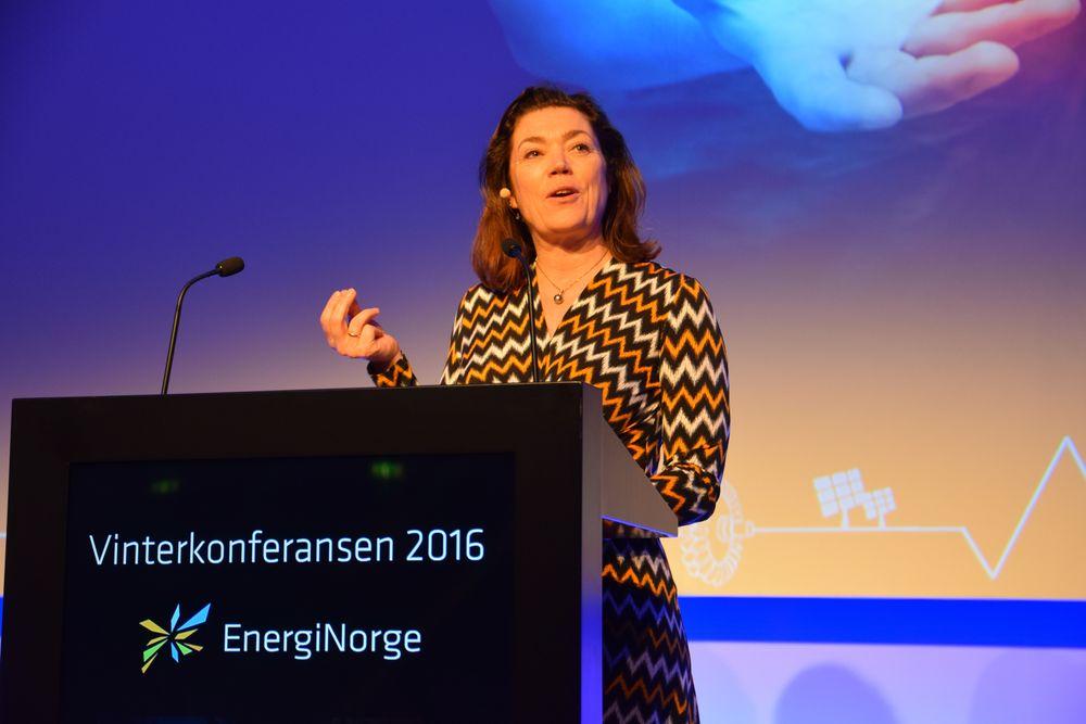 På Energi Norges vinterkonferanse i København oppfordret NHO-leder Kristin Skogen Lund kraftbransjens ledere til å være modige, innta et fremtidsperspektiv, og høre på folk de er uenige med.
