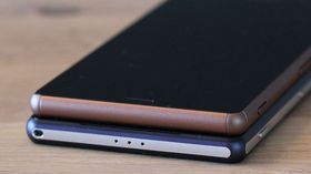Xperia Z2 (nederst) og Xperia Z3 (øverst) får begge Android 6.0.1 Marshmallow snart.