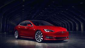 Tesla tilbyr samme batteriløsning på Model S.