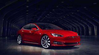 Den nye Tesla-en er verdens raskeste produksjonsbil