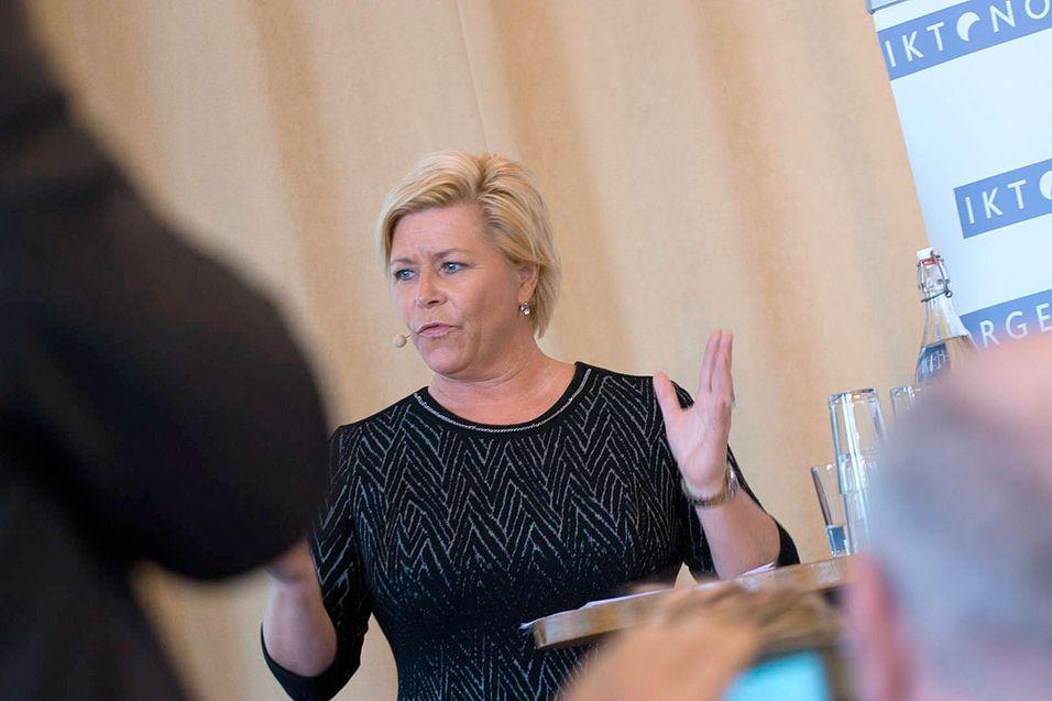 SLUTT PÅ FORVIRRING: – Dere i IKT-Norge har ikke vært fornøyd med at det offentlige har ulike digitale postkasser og at det forrvirrer brukerne. Nå samler det offentlige seg om én løsning, sa finansminister Siv Jensen på IKT-Norges konferanse Neo2016 tirsdag 13. april.