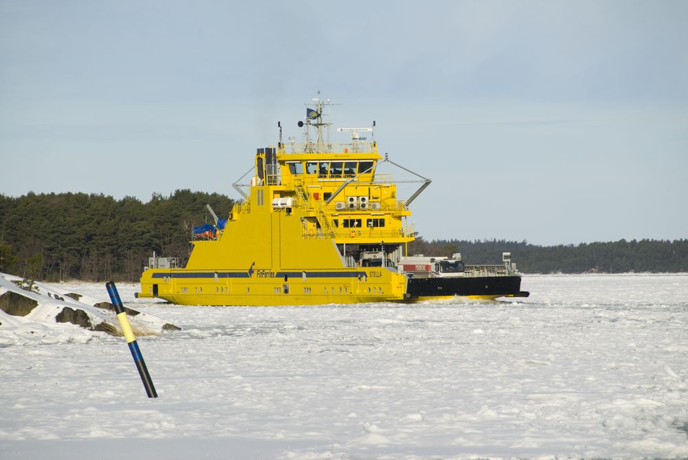 Fergen Stella går mellom Korpo og Houtskär til daglig.