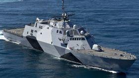 USS Freedom har vært operativt i cirka seks år, og skal i 2017 seile ut med NSM på dekk.