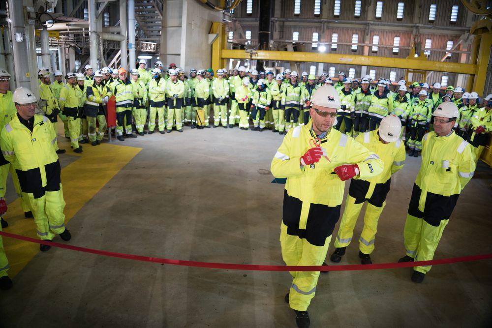 Tord Lien åpnet Goliat-feltet mandag denne uken. Dagen før ble produksjonen stengt ned på grunn av gasslekkasje. Kun fire timer etter åpningen gikk alarmen igjen.