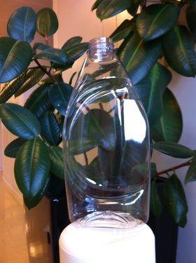 Flaske av plantebasert plast. (Foto: Sintef)