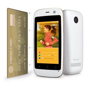Mobilen er på størrelse med et kredittkort.