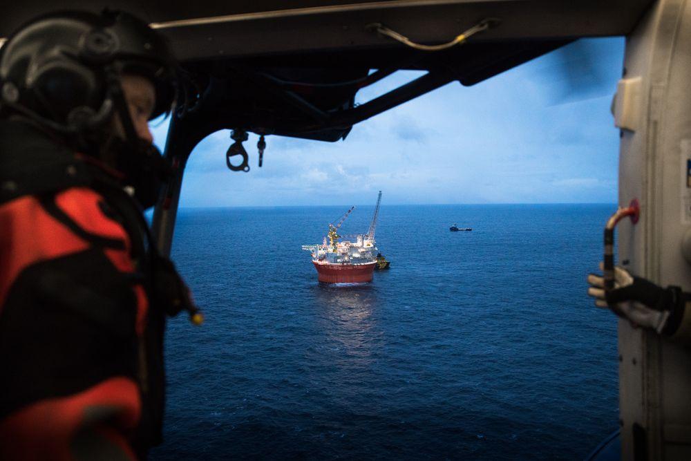Goliat startet produksjon av olje tidligere i år. Nå etterforskes den alvorlige ulykken som inntraff forrige helg av politiet, og granskes av Petroleumstilsynet.